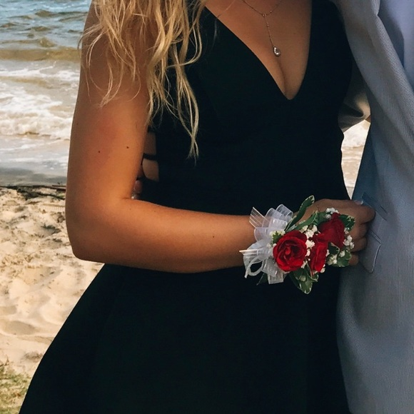 14938859a9 Lulu s Dresses   Skirts - Black homecoming low cut flowy dress